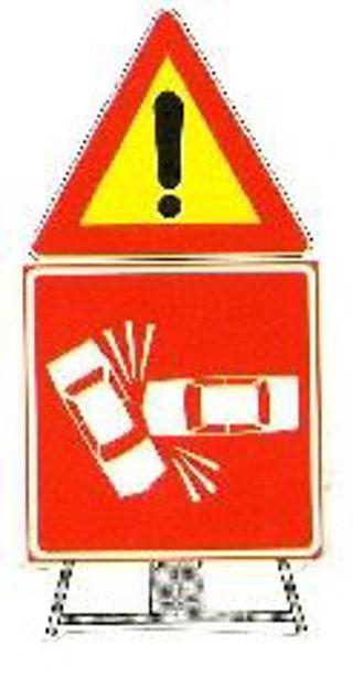 Segnale pericolo generico e incidente