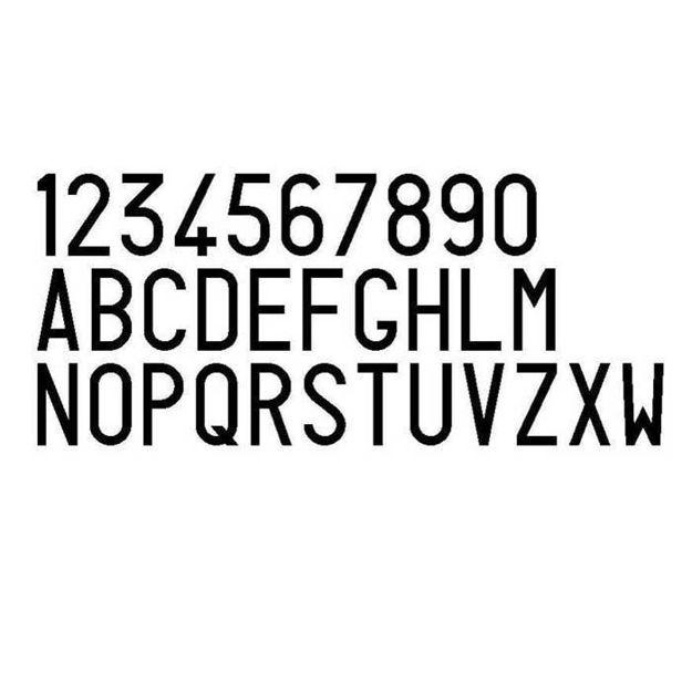 Numeri e lettere per targhe ripetitrici
